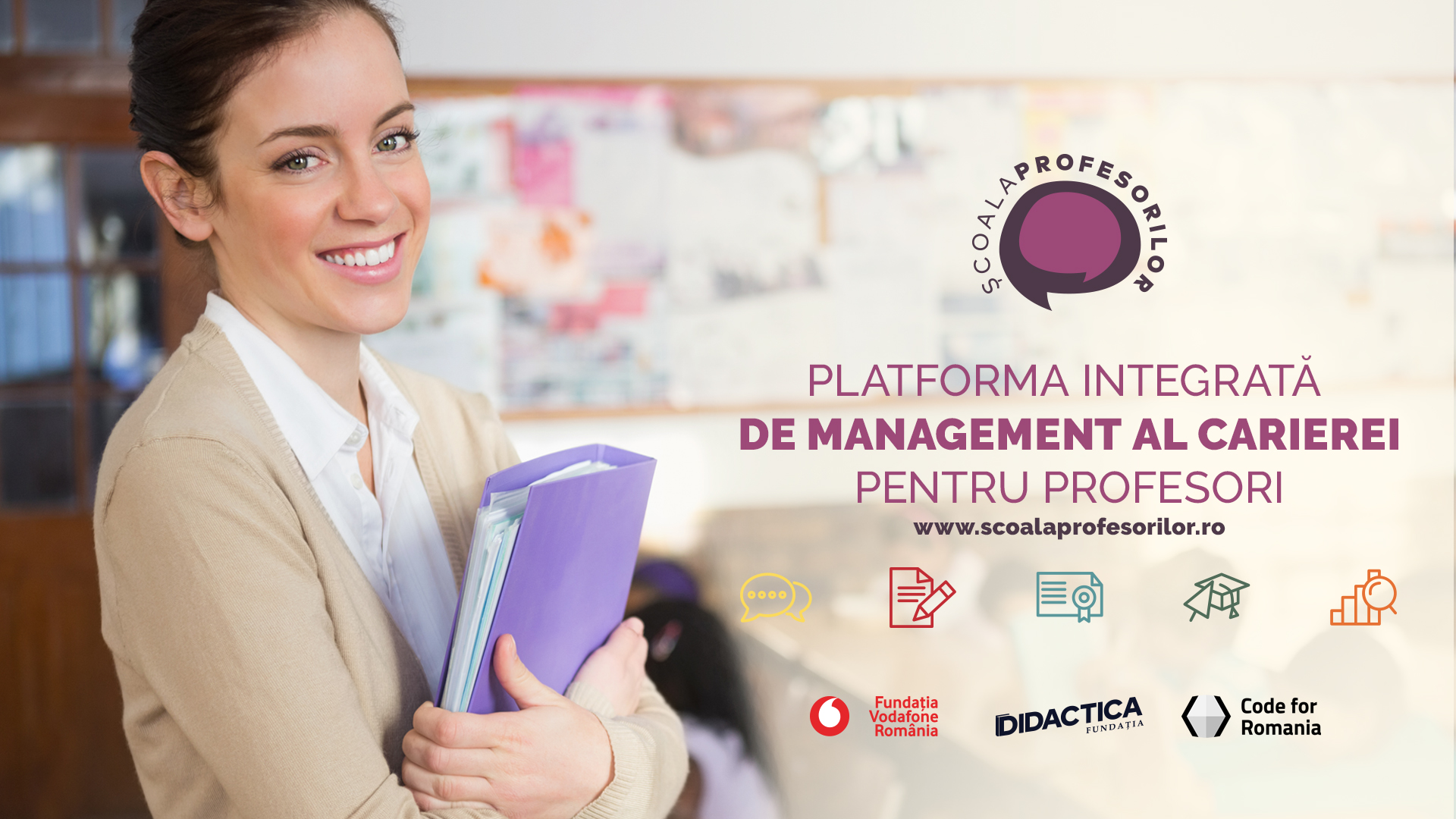 www.școalaprofesorilor.ro, now available to teachers for continuing training